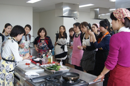 kako-event-2013-02-harumi-01
